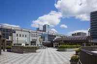 兵庫県 川西市 阪急川西能勢口 駅前環境