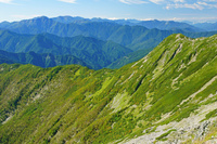 長野県 仙丈岳から南アルプスの山陵