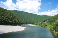 高知県 四万十川に架かる高瀬沈下橋