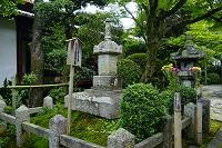 滋賀県 義仲寺 木曽義仲の墓