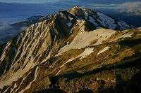 長野県 白馬岳より杓子岳と白馬鑓ヶ岳 朝