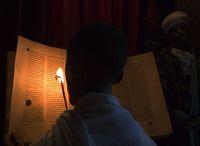 聖書を読む修道士 聖アバ・リバノス教会