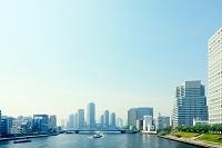 東京都 遊覧船と隅田川と街並
