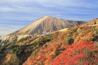 福島県 吾妻小富士と天狗の庭の紅葉