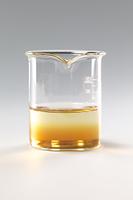 コーヒーシュガーが水に溶ける様子 B12-9