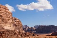 岩山 砂漠 ワディラム ヨルダン