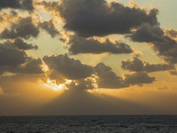 地中海の朝焼け