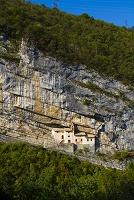 イタリア トランビレーノ サン・コロンバーノ岩窟教会