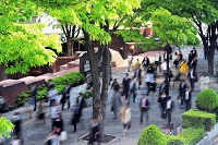 通勤風景 新宿