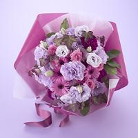 花束 パープル ピンク  リシアンサス ガーベラ