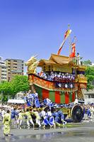 京都府 祇園祭 後祭 山鉾巡行 辻回しする大船鉾