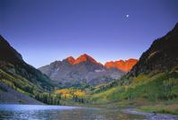 Maroon Bells from Maroon Lake, near Aspen, Colorado