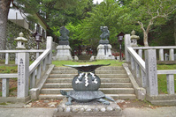 金華山 黄金山神社の亀瓶と恵比寿尊・大黒尊像