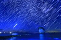 石川県 見附島と星の動き