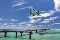 沖縄県 飛行機と下地島空港
