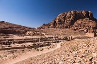 ヨルダン ペトラ遺跡 柱廊通り
