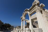 エフェソス遺跡 ハドリアヌス神殿  イズミル トルコ