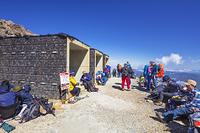 長野県 御嶽山の避難壕