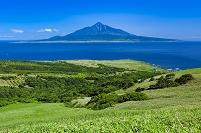 北海道 桃岩遊歩道より利尻富士