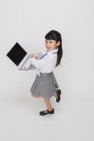 パソコンとビジネス女性