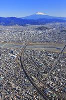 静岡県 富士山(安倍川上空付近より)