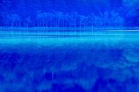 北海道 夜明けのオンネトー湖
