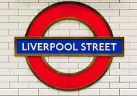 ロンドン リバプールストリート駅の駅名標