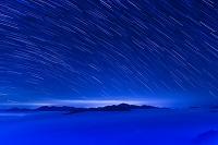 広島県 雲海と星の流れ