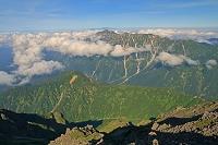 岐阜県 大喰岳から朝の笠ヶ岳