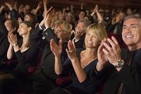 観客席からの拍手