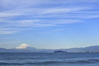 神奈川県 森戸海岸から富士山と江の島