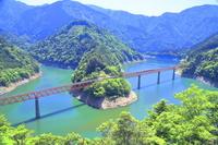 静岡県 大井川鐵道 奥大井湖上駅と接岨湖