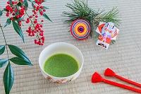 抹茶と正月グッズ