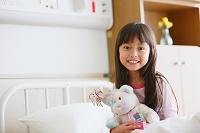 病室の日本人の女の子
