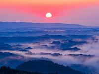 茨城県 三王山より日立方面の山並