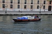 イタリア ベネチア リネン運搬船