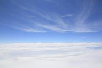 飛行機から見た雲と空