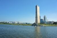 韓国 漢江と汝矣島のビル群 ソウル