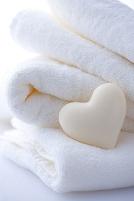 ハートの石鹸とタオル