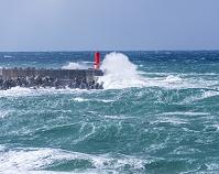 石川県 荒波の日本海