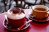 カプチーノ パリのカフェ