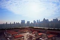 ニューヨーク・マンハッタン 高層マンションのスカイテラス