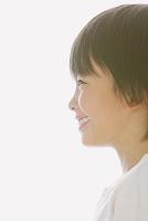 日本人の男の子の横顔