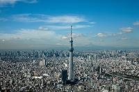 東京都 東京スカイツリーと墨田川より都心と富士山