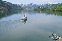 新潟県 春の奥只見湖と観光船