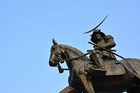 宮城県 朝日に映える伊達政宗騎馬像