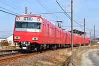 愛知県 名古屋鉄道 カーブを曲がる6500系普通電車