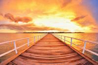 夕焼けと桟橋