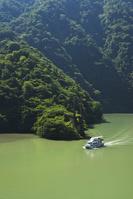 富山県 庄川峡と遊覧船