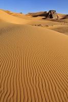 アルジェリア サハラ砂漠 タッシリ・ナジェール ムールナガの...